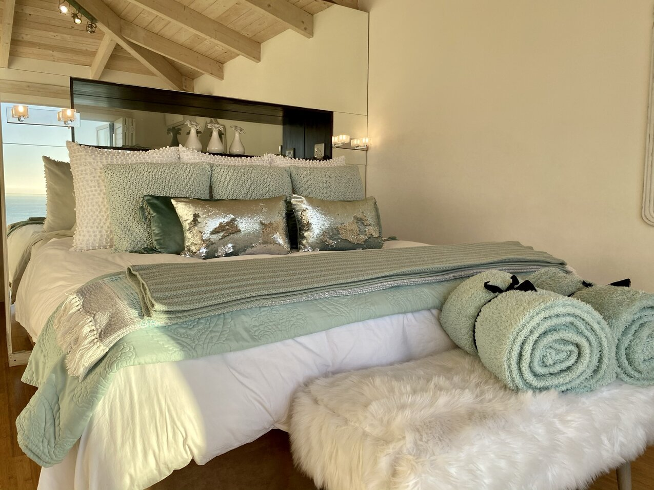 Clifton Seaview penthouse bedroom